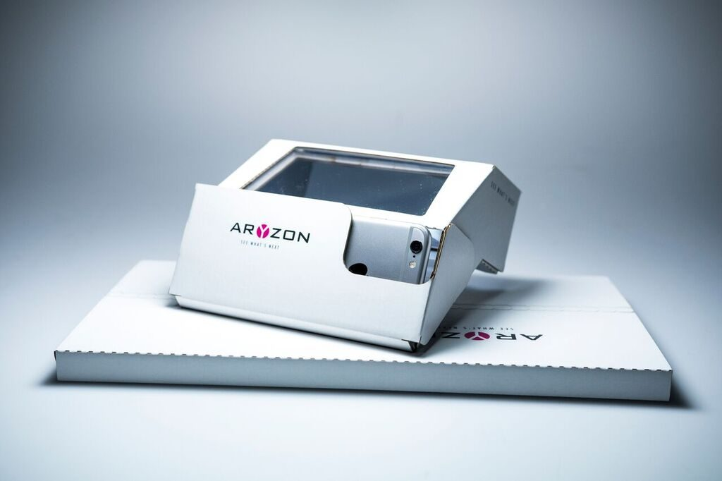 Aryzon arrives in a a package small enough to fit in a mail slot and must be built by the user, much like Google Cardboard.